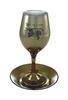 """תמונה של גביע קידוש ותחתית מזכוכית """"גפנים"""""""