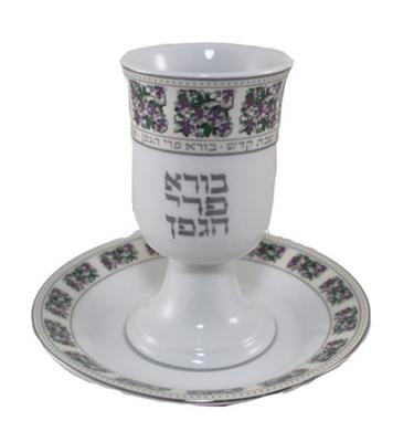 תמונה של גביע קידוש עיטורי פרחים