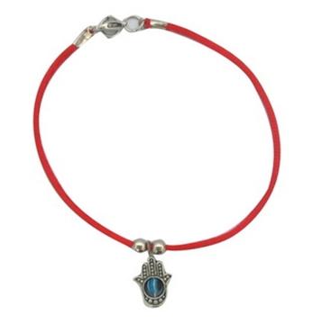 תמונה של צמיד קבלה חמסה עם עין מסתובבת וחוט אדום