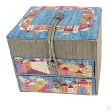 """תמונה של קופסת תכשיטים רקומה """"ירושלים העתיקה"""" (זהב) - יאיר עמנואל"""