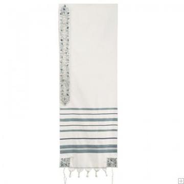 """תמונה של טלית מצמר עם ריקמה """"ירושלים העתיקה ברכה"""" (ירוק) - יאיר עמנואל"""