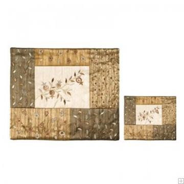 """תמונה של תיק לטלית ותפילין עם ריקמה """"רימונים"""" (זהב) - יאיר עמנואל"""