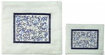 """תמונה של תיק לטלית ותפילין עם ריקמת משי """"רימונים"""" (לבן) - יאיר עמנואל"""