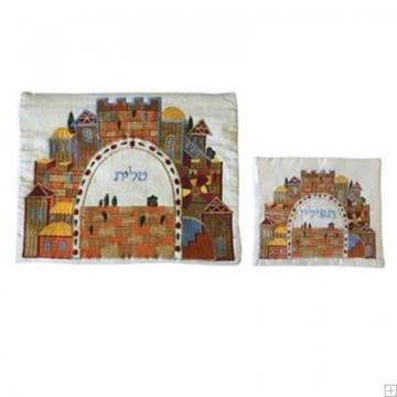 """תמונה של תיק לטלית ותפילין עם ריקמה """"ירושלים העתיקה"""" (לבן) - יאיר עמנואל"""