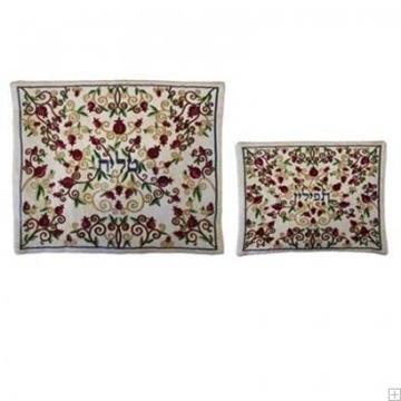 """תמונה של תיק לטלית ותפילין עם ריקמה """"פרחים"""" (לבן) - יאיר עמנואל"""