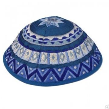"""תמונה של כיפה רקומה """"זיג זג"""" (כחול) - יאיר עמנואל"""