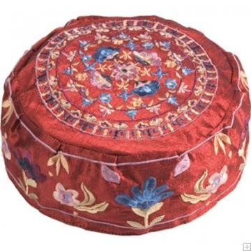 """תמונה של כובע רקום בעבודת יד """"פרחים"""" (אדום) - יאיר עמנואל"""