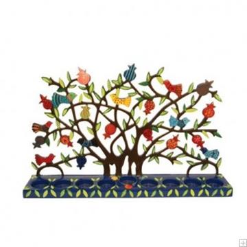 """תמונה של חנוכיה צבועה ממתכת חתוכה בלייזר """"עץ רימונים וציפורים"""" - יאיר עמנואל"""
