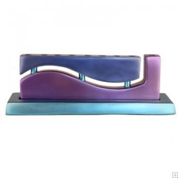 """תמונה של חנוכיה מאלומיניום """"גל"""" (סגול וכחול) - יאיר עמנואל"""