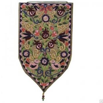תמונה של שטיח קיר מגן סגנון אוריינטלי (זהב) - יאיר עמנואל