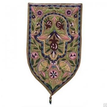 """תמונה של שטיח קיר מגן """"חמסה"""" (זהב) - יאיר עמנואל"""