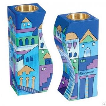 """תמונה של זוג פמוטים לשבת מותאמים מעץ """"ירושלים העתיקה"""" (כחול) - יאיר עמנואל"""