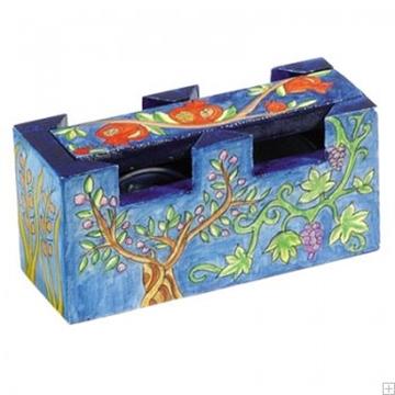"""תמונה של זוג פמוטי נסיעה לשבת עם קופסה מעץ """"שבעת המינים"""" - יאיר עמנואל"""