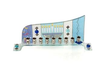 """תמונה של חנוכיה מזכוכית גל """"ישראל"""" - לילי אומנות"""