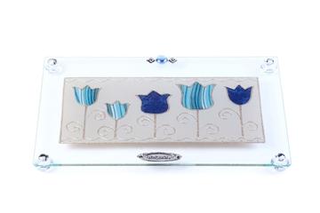 """תמונה של מגש מלבני לחלה עם רגליות """"פרחים"""" (כחול) - לילי אומנות"""