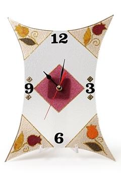 תמונה של שעון מסוגנן - לילי אומנות