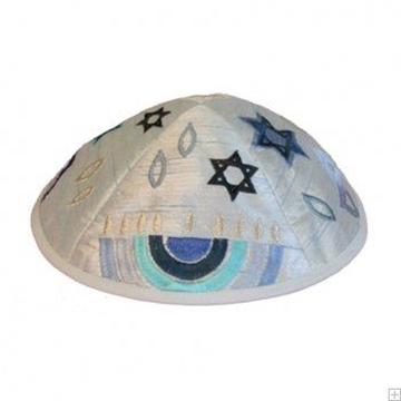"""תמונה של כיפה רקומה """"מנורה"""" (כחול) - יאיר עמנואל"""