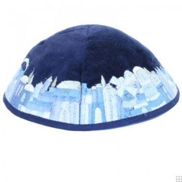 """תמונה של כיפה רקומה מקטיפה """"ירושלים העתיקה"""" (כחול) - יאיר עמנואל"""