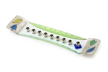 """תמונה של חנוכיה מזכוכית סירה """"פרחים"""" (כחול) - לילי אומנות"""