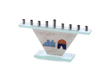 """תמונה של חנוכיה מזכוכית קונוס """"ירושלים"""" - לילי אומנות"""