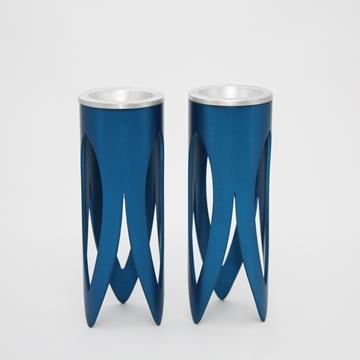"""תמונה של זוג פמוטים לשבת מניקל """"לוטוס"""" (כחול) - קיסריה ארט"""