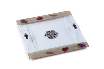 """תמונה של מגש מצות מזכוכית """"רימונים"""" (צבעוני) - לילי אומנות"""