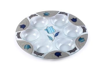 """תמונה של צלחת פסח מזכוכית """"פרחים"""" (כחול) - לילי אומנות"""