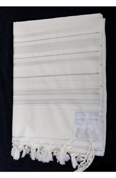 תמונה של טלית גדולה מצמר (לבן וכסף)