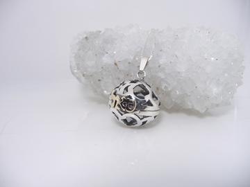 תמונה של תליון כדור גדול בשילוב צירוף מזהב
