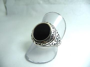 """תמונה של טבעת כסף """"אנא בכוח"""" בשיבוץ אוניקס"""