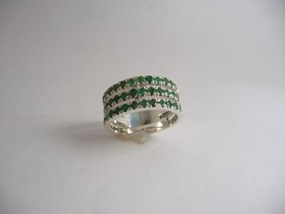 תמונה של טבעת כסף 3 שורות משובצת רובי\אמרלד